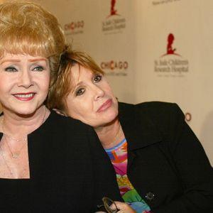 Mesa de redacción: Muere Debbie Reynolds, un día después del fallecimiento de su hija, Carrie Fisher