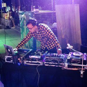 Amateur dj live at 17th,Oct.,2015
