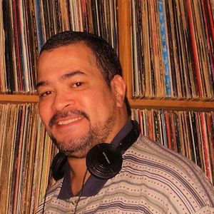 """DJ SKECH IN & OUT THE """"HOUSE"""" MIX"""