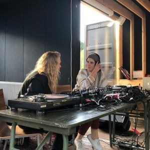 dublab Weekend Special - Lien & Roelien