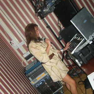 Dj Set & Radio show I did for Boogie Shoes ... Bradford July 2012