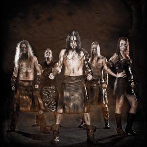 Tinnitus interviewt Ensiferum op Graspop 2015