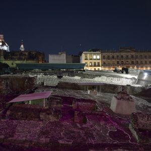 Primera Mesa Redonda de Tenochtitlan Al pie del Templo Mayor