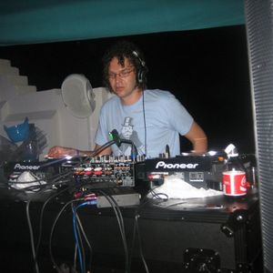 tommy largo wmc 2010 promo mix