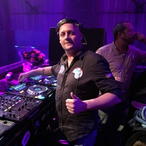 Riche Thomas live at Turbulentie open rotterdam april 2015