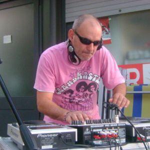 DJ SET LIVE SUNBEACH 30-06-2011 SECONDA PARTE