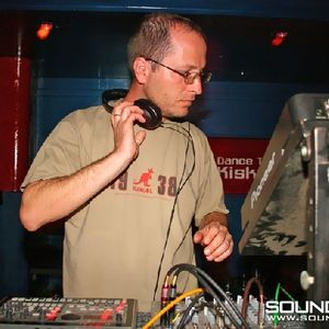 Duel mix by Nagy A (Balaton Sound 2010)