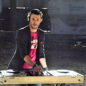 DJ KOBIN AT DANCE FM (29.08.2012)