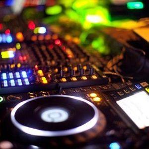 DJ Elroy - Funky Groove Minimix 1 (2015)