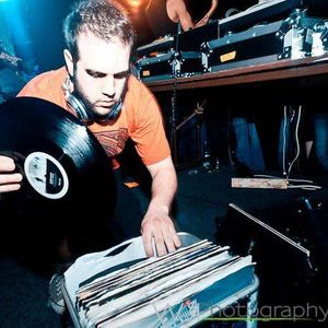Resident Mix : Papi Chulo : Vol.1 : Part 1 : Chris Collins