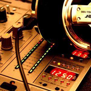 Bryan Sttarr Live Dj Set@Beat 100.9FM (Free Style Selection)