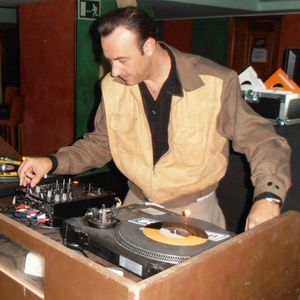 """""""Snake Eyes"""" (Tall Mike Dj Session 2011)"""