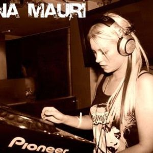 Anna Mauri - Set Mix-November 2010