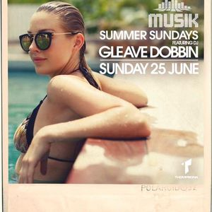 Musik @ Thompsons feat Gleave 25-6-17