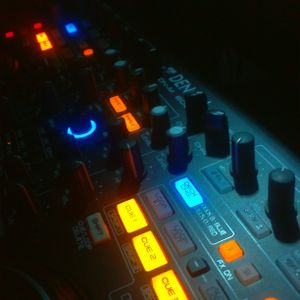 DJ MAOZ - Club House Mix Summer 2011