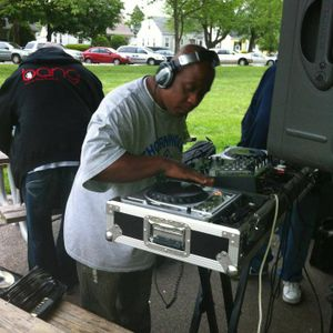 DJ DEEZO DOIN ME