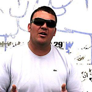 Rob2Paul vs Layo & Bushwacka 2011