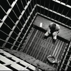 Prison : les Oubliés de la société -  Journées Nationales des Prisons - Hélène Trzebiatowski