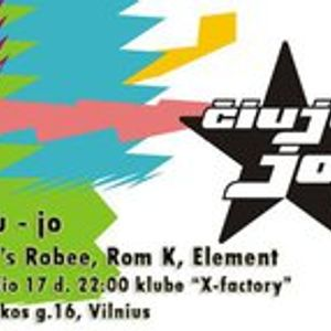 01 - dj's robee & rom k on the dancefloor @ Ciuju jo 2010.12.17 club x-factory