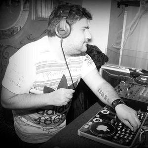 Groove Vibrations a.k.a Leo Bruzonic