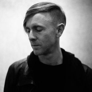 RBE Vintage: DJ Set Richie Hawtin (Out Soon Night, Fuse, September 18 1998)