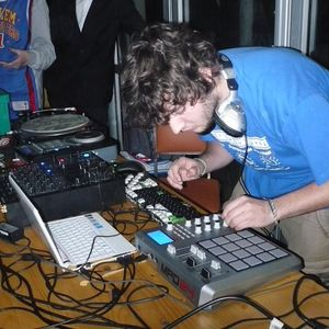 DJ GWEN - CONCOURS MAKINATEAM 2010 (gagnant)