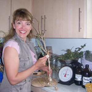 Elizabeth Whiter talks Culinary hot tips from your store cupboard pantry and garden for your animals