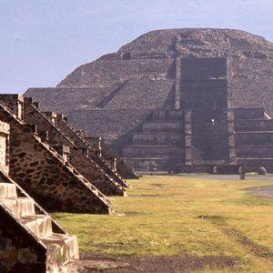 Los extranJeros en Teotihuacan