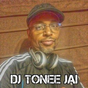 The Room 806: Host DJ Tonee Jai (Vanilla Blue-Eyed Soul Show 12-15-17)