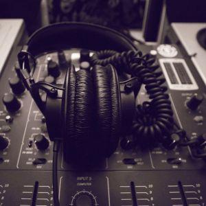 Decibel Point - Earquake MASSIVE Dark Hard Drum N Bass Mix 2