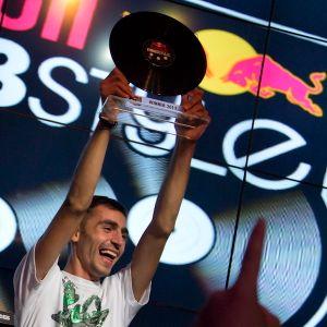 DJ Twist - Azerbaijan - National Final