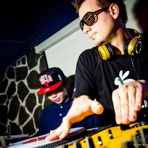Deejay Fett - !LiveMix Party Podcast #3 Pt. 1 (June 2012)