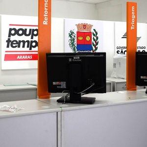 Vereador questiona contratação de funcionários do Poupatempo.
