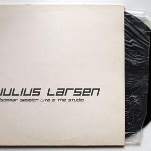 Julius Larsen - Midsommar Live Session @ The Studio