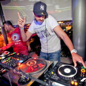 DJ SOULEVENIR The Summer Made Me Do IT - July 2012 Set