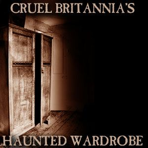 The Haunted Wardrobe: December 2013