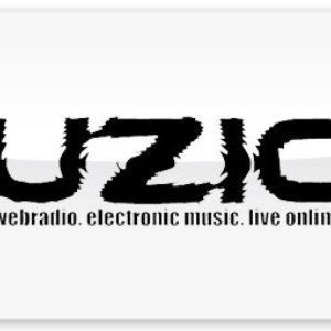 Minimal-Nation 06-16 Peer van Mladen ( @ UZIC-FM and many more radios )
