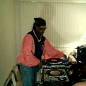 Dj PaulC...Old Skool Grooves pt 1...Live Session Mix.