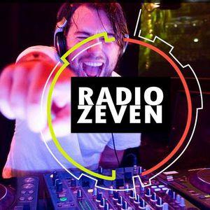 Zeven Radio - Especial Musical ROJO