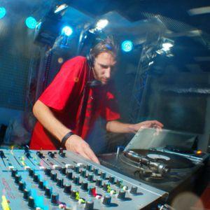 Longman - Live @ Nowsound Budapest 13-07-2002