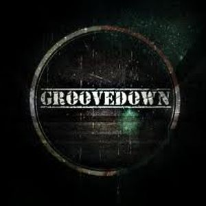 Late night sessions presents groovedown on a special guest mix
