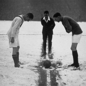 #35 - Winter World Cups and Crappy Refs