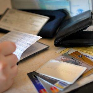 Maksājumu paradumi un naudas aizņemšanās paradumi
