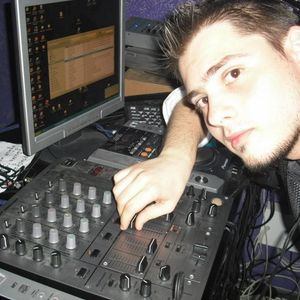 i54radio pres Loaded Sesions by Dj Ivo ep.30 (2012)
