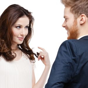 What do men look for in a woman