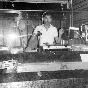 BOBBY VITERITTI live at merlin beach hotel, fort lauderdale florida us 1976
