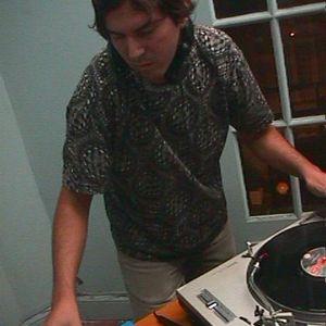 Andy Abstract de Terrestres Anónimos en Buenos Aliens - 24/03/1999