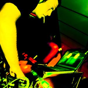 Xavi Davi @ Faktoria d'Arts closing party