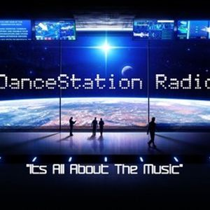 LoveSick LIVE @DanceStation Radio (House Mix)