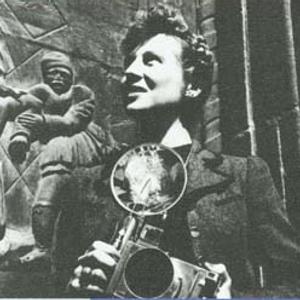 Mujeres ejemplares: Doris Heyden